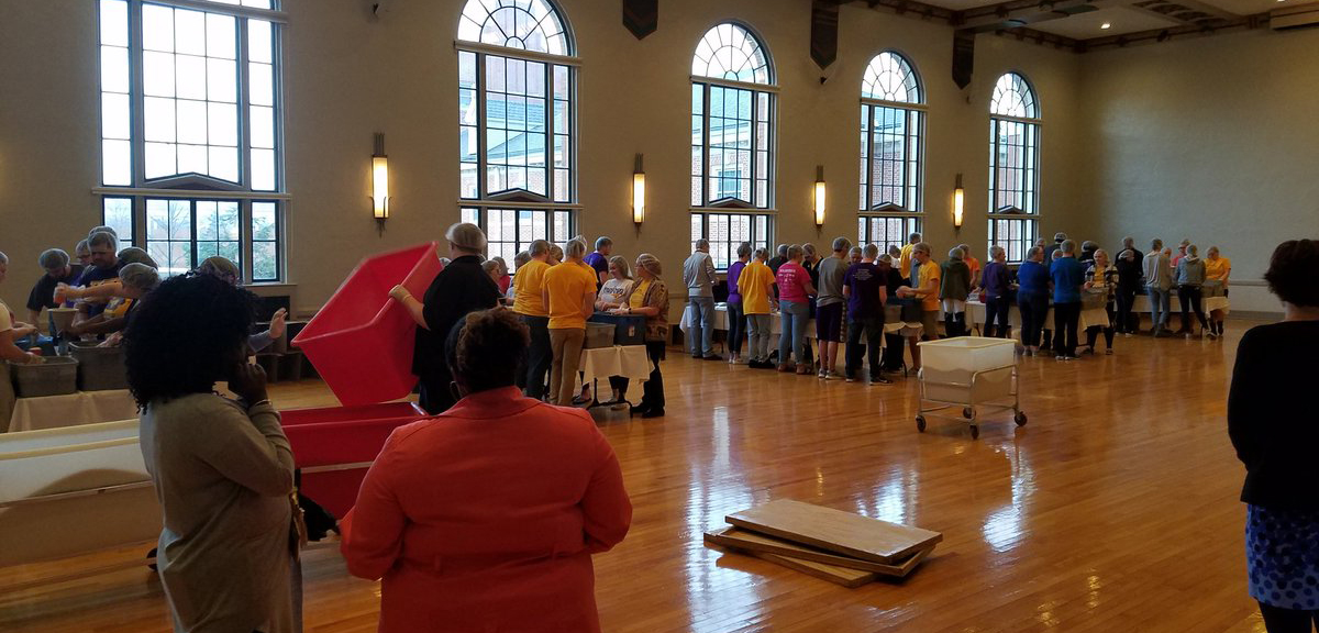 Meal packing for the Northeast Iowa Food Bank